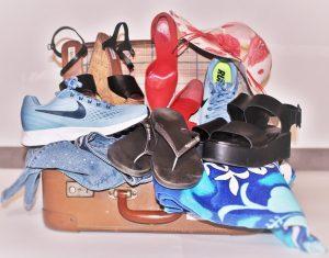 cosa-mettere-in-valigia, valigia, scarpe