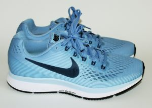 nike-air-zoom-pegasus-34-blue-ice-black-white