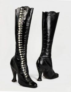 stivali-antichi