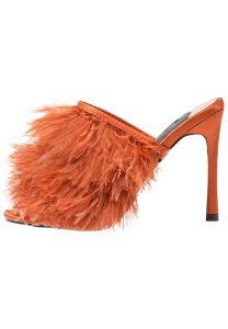 Look-African-Chic-l'occasione-per-sfoggiare-le-scarpe-più-matte-del-tuo-armadio