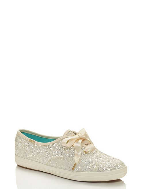 Come-scegliere-le-scarpe-giuste-per-sposarsi-o