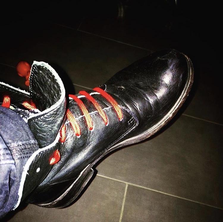 Diversi-modi-per-allacciarsi-le-scarpe-7