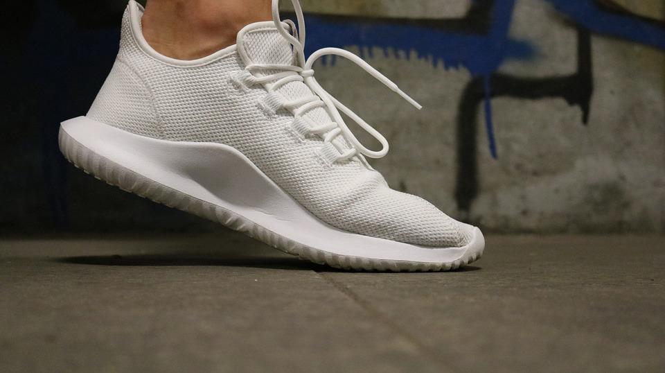 Come-lavare-le-sneaker-1