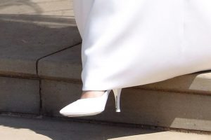 Le-scarpe-di-Meghan-Markle-per-il-Royal-Wedding-7