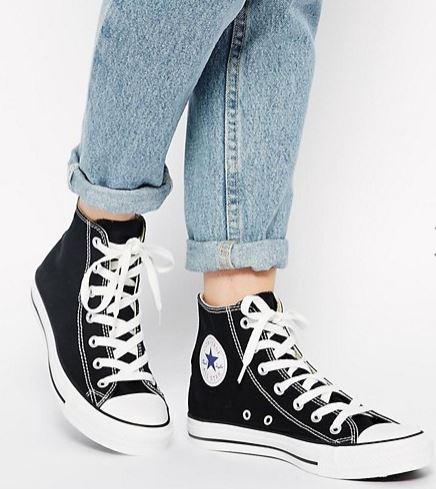 Sneaker-e-abito-elegante-7