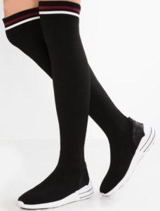 Acquistare-scarpe-con-i-saldi-2019-9