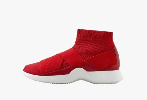 Acquistare-scarpe-con-i-saldi-2019-b