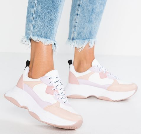 quali-scarpe-acquistare-per-i-saldi-invernali-2019-1