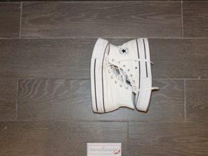 Come-sistemare-le-scarpe-in-valigia-3