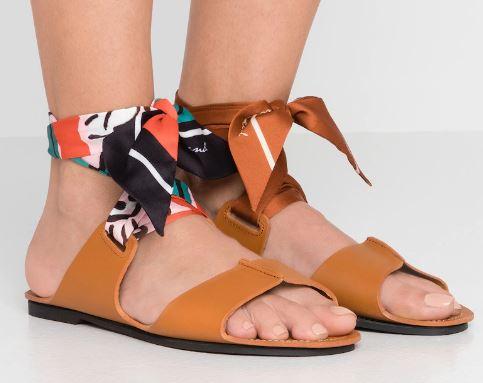 Sandali-con-fascia-colorata-Max-Mara