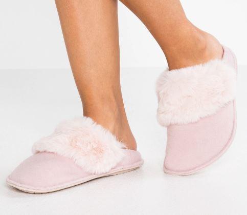 Pantofole-da-casa-0